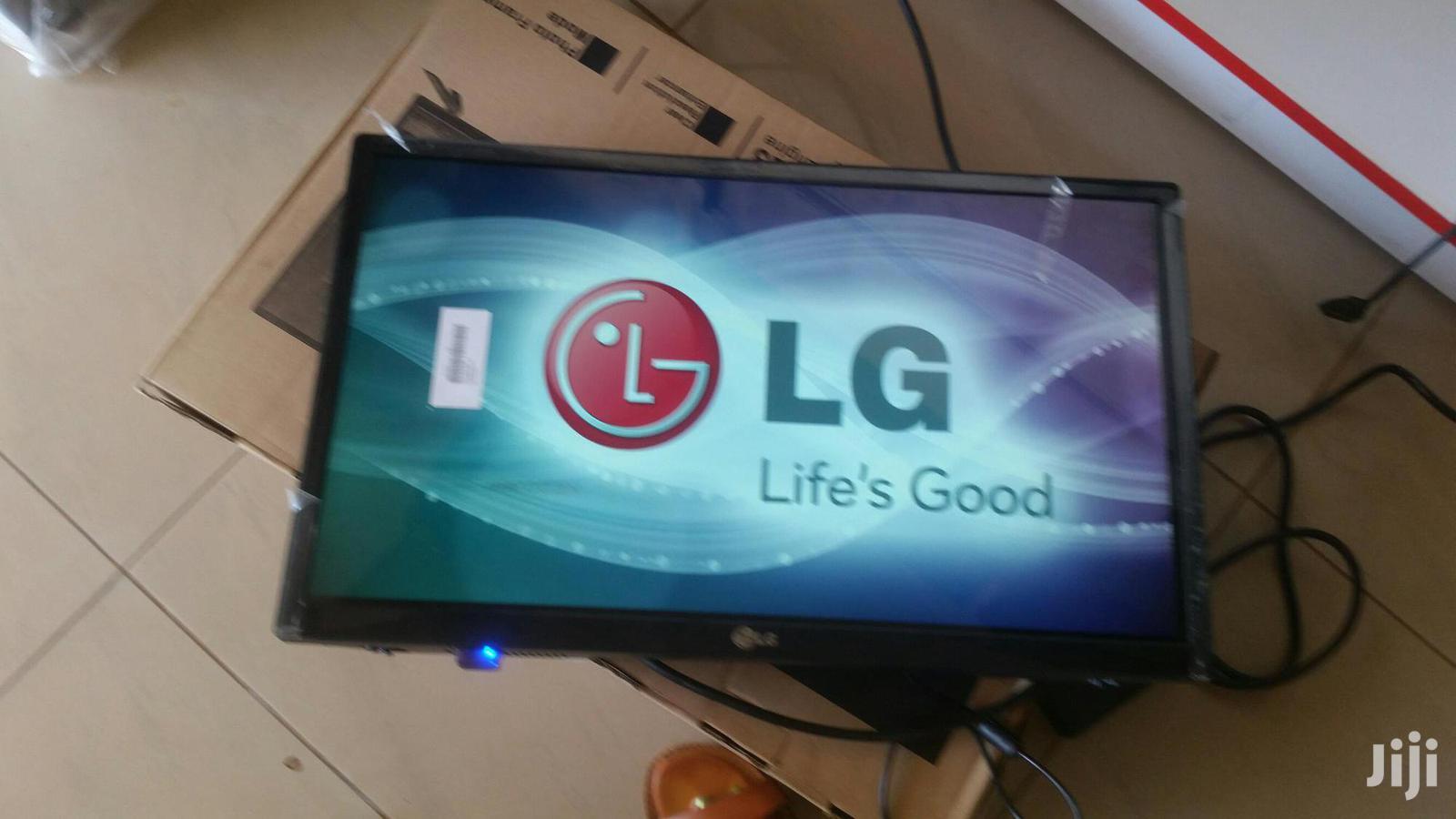 LG Flat Screen TV 26 Inches