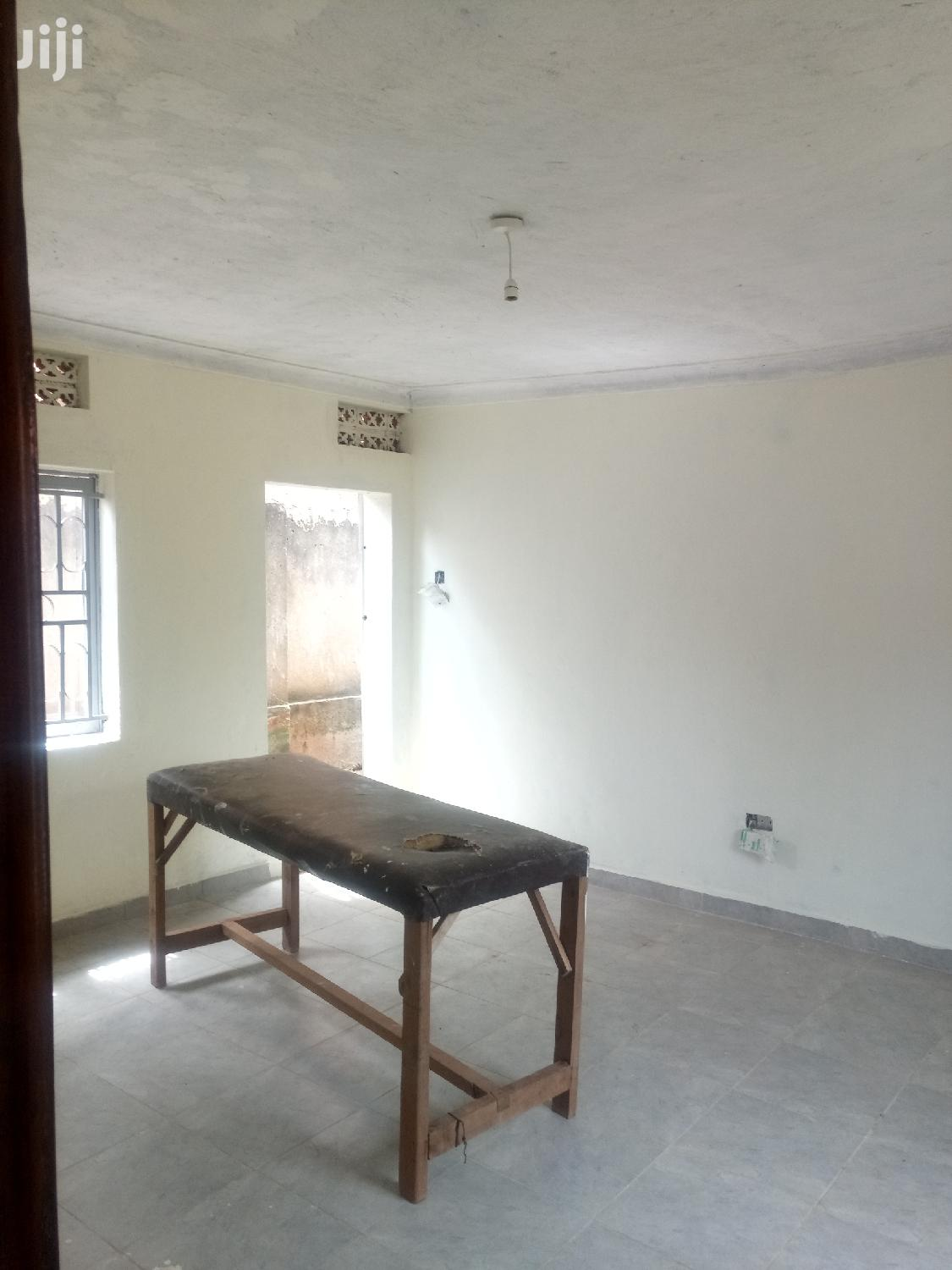 Archive: Mutungo Big Single Room House for Rent