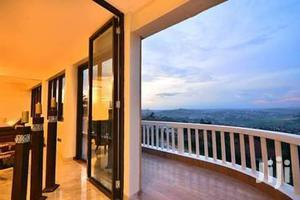 Naguru Pent House Five Bedrooms   Short Let for sale in Kampala
