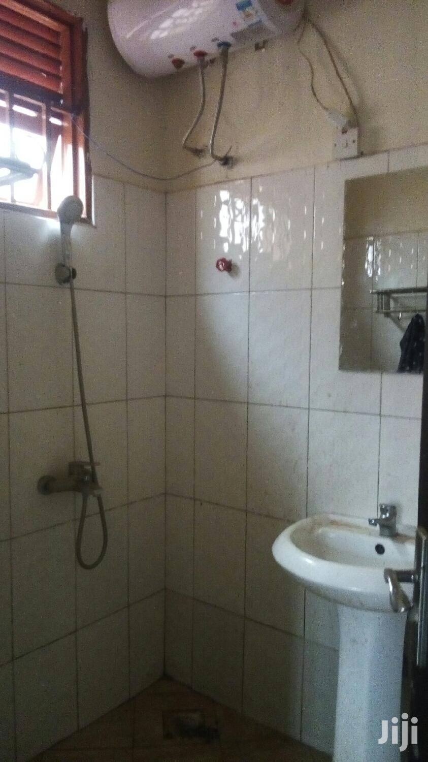 Finest 2bedroom 2bathroom Self Contained In Kyaliwajjala | Houses & Apartments For Rent for sale in Kampala, Uganda