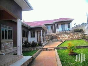 Kisaaasi Bukoto 2bedrooms,2bathrooms Spacious   Houses & Apartments For Rent for sale in Kampala