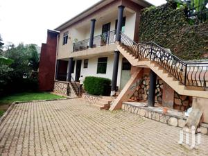 Unfurnished 2 Bedroom Apartment For Rent In Naguru. | Houses & Apartments For Rent for sale in Kampala
