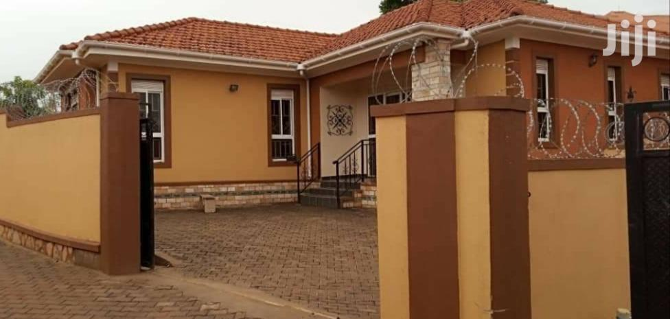 Three Bedroom House In Kira For Sale