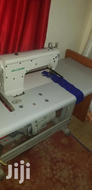 Fully Assembled Industrial Sewing Machine. Zoje | Manufacturing Equipment for sale in Kampala