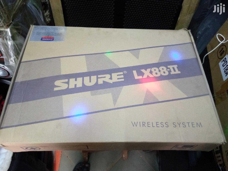 Shure Lx2 Wireless Microphone