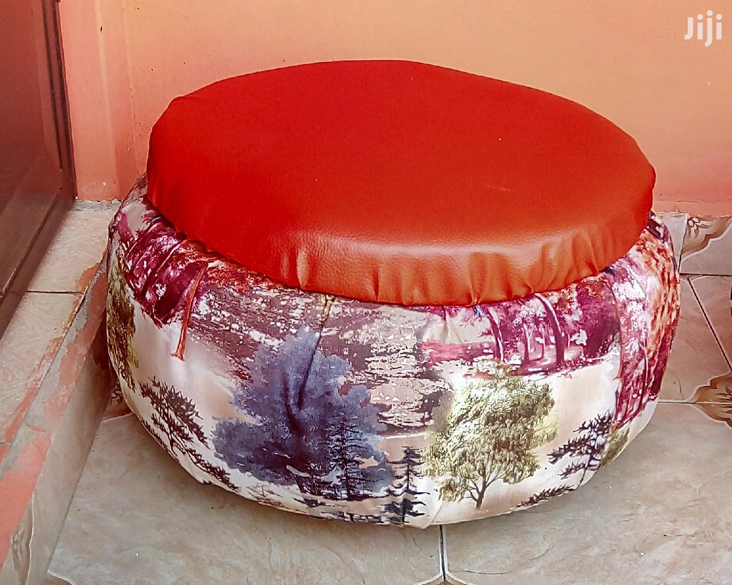 Archive: Ottoman Chairs