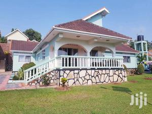 In Upper Buziga, We Have This Beautiful Home For Rent | Houses & Apartments For Rent for sale in Kayunga
