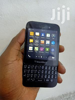 BlackBerry Q5 8 GB Black   Mobile Phones for sale in Kampala