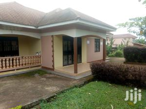 Three Bedrooms Standalone House Is Available For Rent | Houses & Apartments For Rent for sale in Kampala