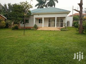 3bedrooms Bungalow for Rent in Munyonyo | Houses & Apartments For Rent for sale in Kampala
