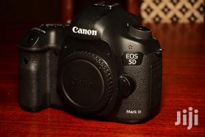 Canon 5D Mark III   Photo & Video Cameras for sale in Kampala
