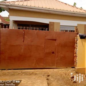 Very Beautiful Home on Quicksale in Kawanda Kirinyabigo | Houses & Apartments For Sale for sale in Kampala