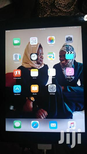 Apple iPad 2 Wi-Fi + 3G 16 GB Silver   Tablets for sale in Western Region, Masindi