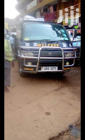 Kigege Taxi 2000 Black For Sale | Buses & Microbuses for sale in Kampala