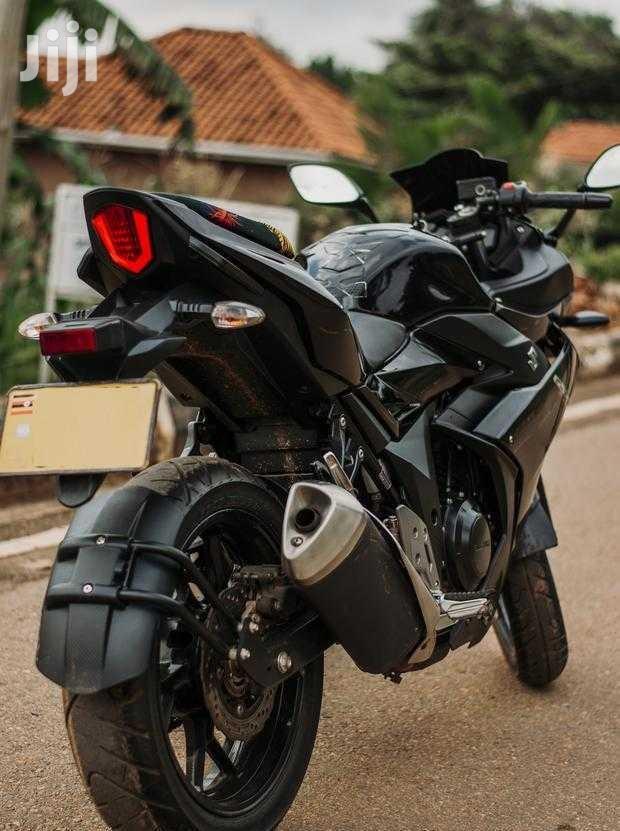 Suzuki GSX 2019 Black