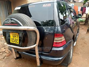 Mercedes-Benz C320 2001 Black | Cars for sale in Kampala