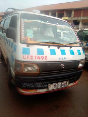 Toyota HiAce 2000   Buses & Microbuses for sale in Kampala