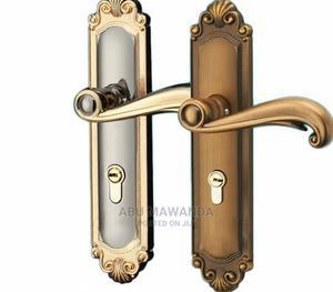 Heavy Quality Handles (Door Locks)   Doors for sale in Kampala