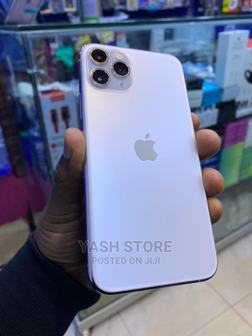 Archive: Apple iPhone 11 Pro 256 GB White