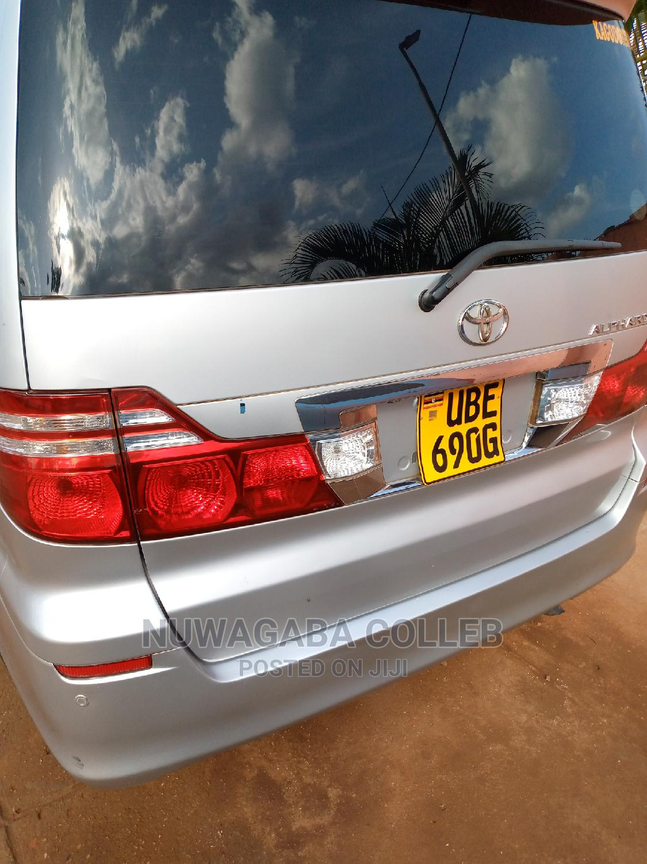 Toyota Alphard 2006 Silver | Cars for sale in Kampala, Uganda