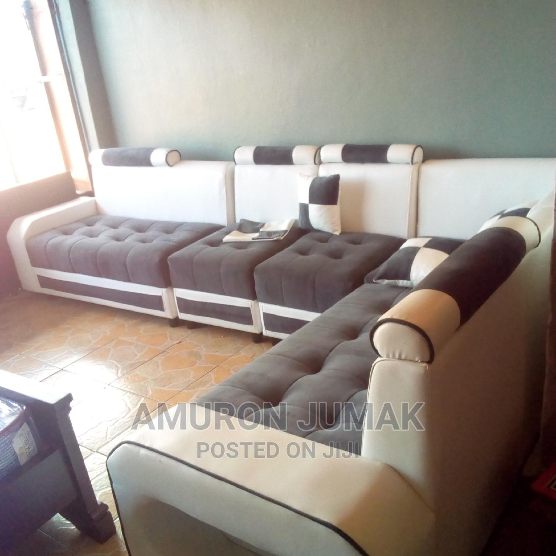 Archive: Sofa Set New