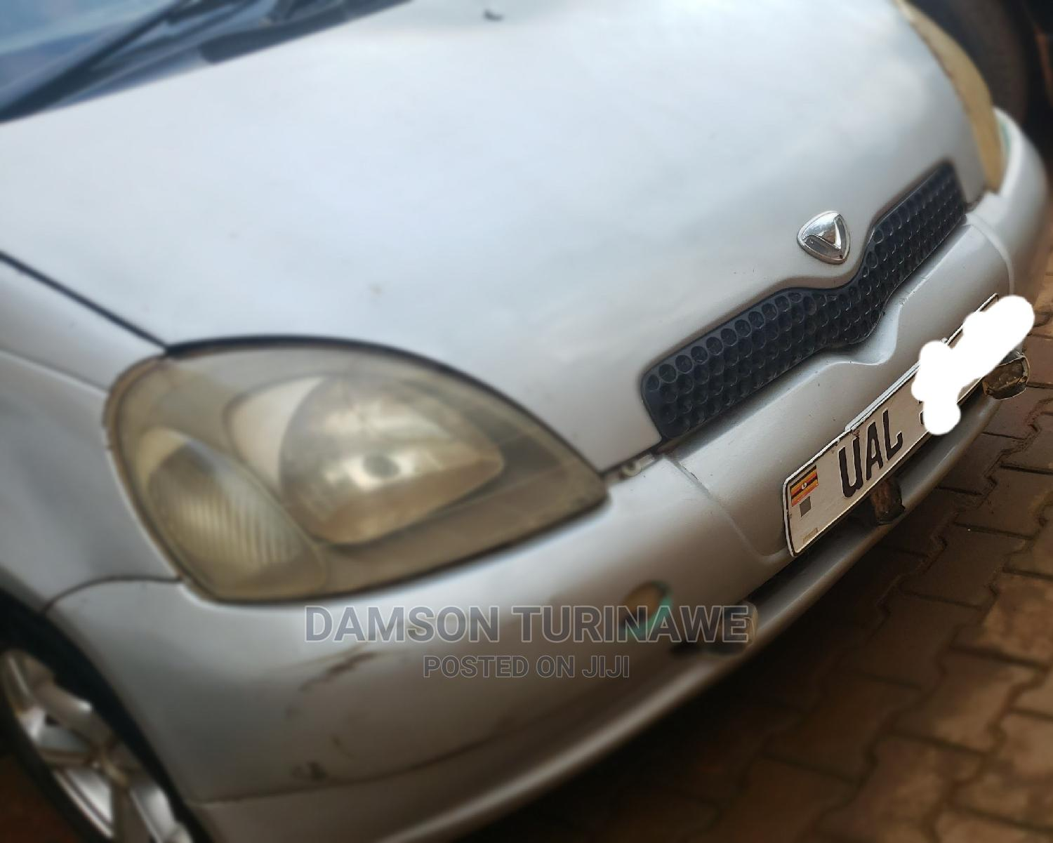 Archive: Toyota Vitz 1999 1.5 RS Automatic Gray