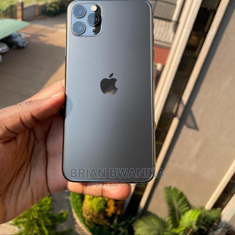 Apple iPhone 11 Pro Max 256 GB Black   Mobile Phones for sale in Masaka, Uganda