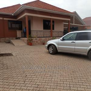 4bdrm Bungalow in Kyaliwajjal Town, Kampala for Rent | Houses & Apartments For Rent for sale in Kampala
