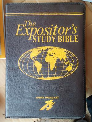 The Expositor's Study Bible - Jimmy Swaggart   Books & Games for sale in Kampala