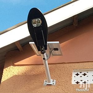 Solar Street Light 40W Auto-switch Off And On During Day And Night   Solar Energy for sale in Kampala