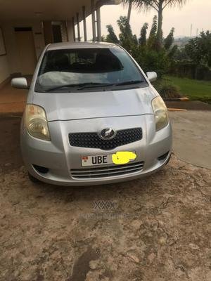 Toyota Vitz 2005 1.3 AWD 5dr Gray | Cars for sale in Kampala