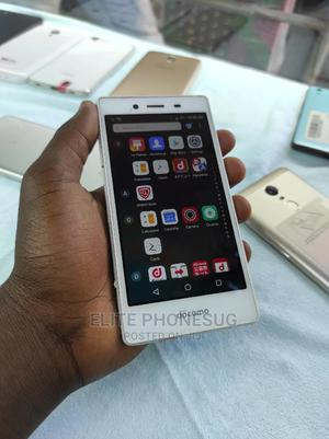 Sharp Aquos Crystal 2 16 GB White   Mobile Phones for sale in Kampala, Central Division