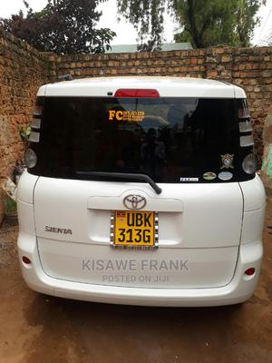 We Transport You Anywhere Around Uganda   Chauffeur & Airport transfer Services for sale in Kampala