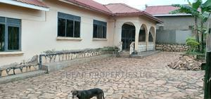 Furnished 3bdrm Chalet in Seeta Kob Rd, Mukono for Rent | Houses & Apartments For Rent for sale in Mukono