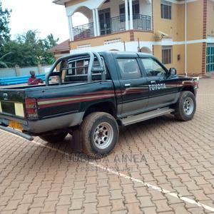 Toyota Hilux 1999 Black | Cars for sale in Kampala, Kawempe