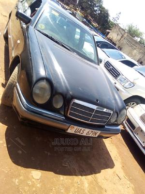 Mercedes-Benz C200 1998 Blue | Cars for sale in Kampala, Central Division