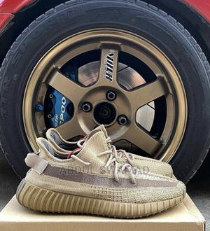 Yeezy 350 Earth   Shoes for sale in Kampala, Central Division