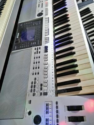 Yamaha Psr S700 Uk Used Origional | Musical Instruments & Gear for sale in Kampala, Central Division