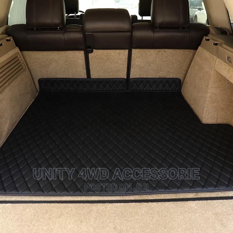 Car Floor Laying Carpet Mats