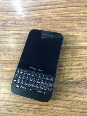 BlackBerry Q5 8 GB Black   Mobile Phones for sale in Kampala, Central Division