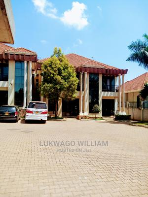 Furnished 3bdrm Maisonette in Makindye for Rent | Houses & Apartments For Rent for sale in Kampala, Makindye