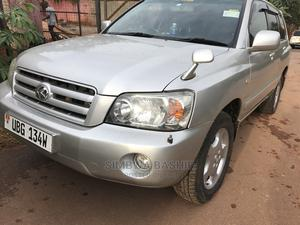 Toyota Kluger 2004 Silver | Cars for sale in Kampala, Rubaga