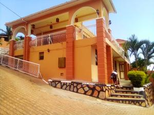 3bdrm Maisonette in Buziga, Makindye for Rent | Houses & Apartments For Rent for sale in Kampala, Makindye