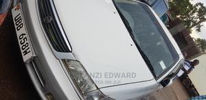 Toyota Premio 2001 White   Cars for sale in Kampala, Makindye