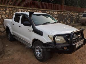 Toyota Hilux 2009 White   Cars for sale in Kampala, Central Division